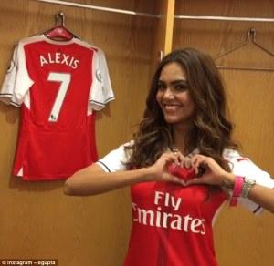 Pecinta Arsenal bikin Bellerin makin lengket. Sumber: Instagram @egupta